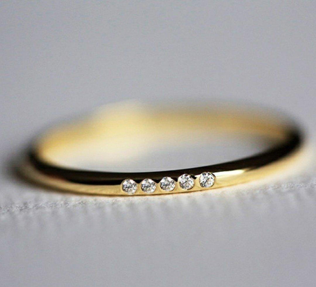 14kt Gold 0.02ct Diamond Ring Size 8