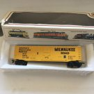BACHMANN 1 MILW 56500 Milwaukee Wagon train and Track lot of 28 total 29 pieces