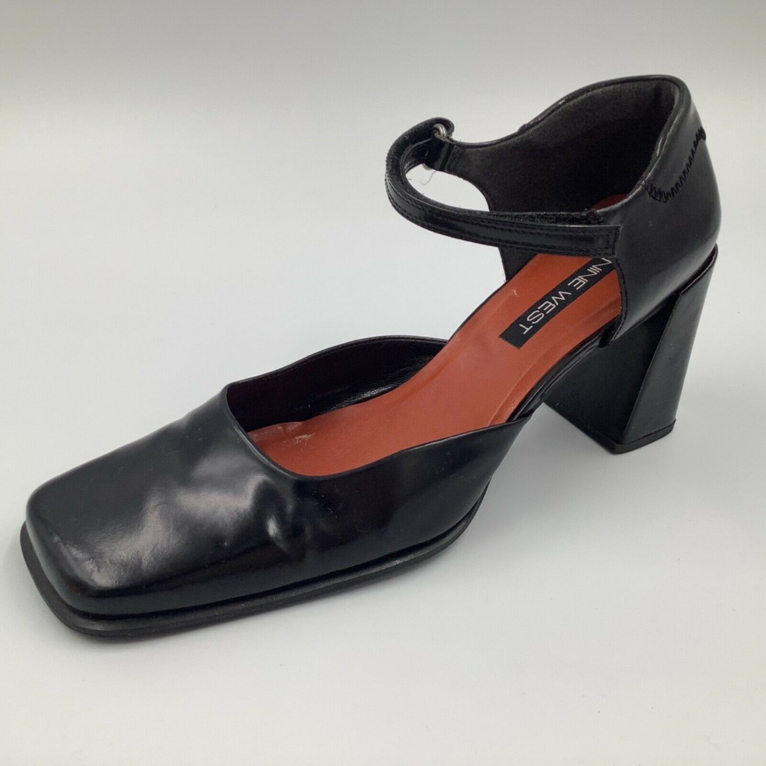 NINE WEST Black Leather Block 3.5� Heels Ankle Strap Shoes size 9.5 Hook & Loop