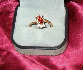 Faux Ruby and Rhinestone Gold Tone Fashion Ring Sz 6 Estate Find
