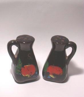 Cruet Apple Motif Salt and Pepper Shakers Black Hi Gloss ~ Marked Japan ~ Vintage