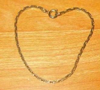 Golden Flattened Snakelink Bracelet in Exc Cond - Estate Find