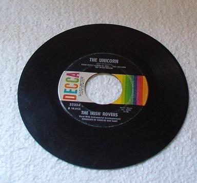 The Irish Rovers : Black Velvet - The Unicorn 45 rpm Record