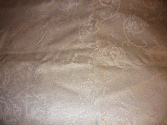 Vintage 68 X 90 Rectangular White Linen Damask Tablecloth