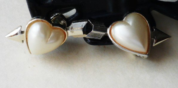 Heart and Arrow Clip on Earrings Vintage Pearly White Hearts