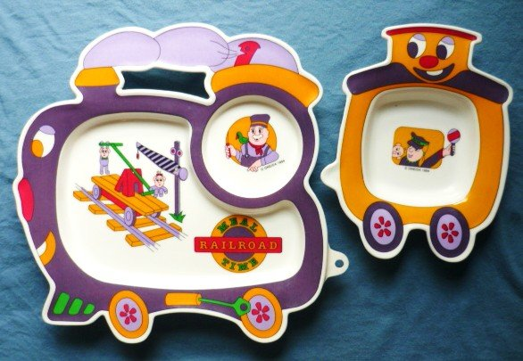 1994 Oneida Meal Time Railroad Baby-Childs  Set of 2 Food Plates - Bowls