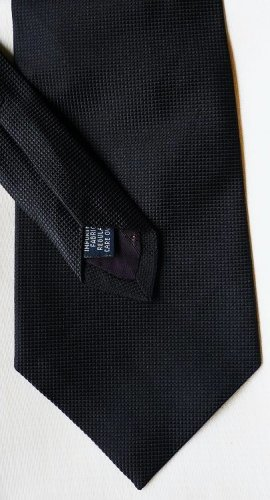 Roundtree and Yorke Silk Tie Black Textured No Pattern - New