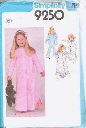 Uncut Simplicity Pattern 9250 Childs Nightgown Pajamas and Robe SZ 5