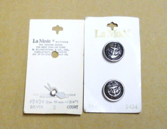 La Mode Anchor Buttons Set of Three Silver Tone New on Card 2434 Lamode