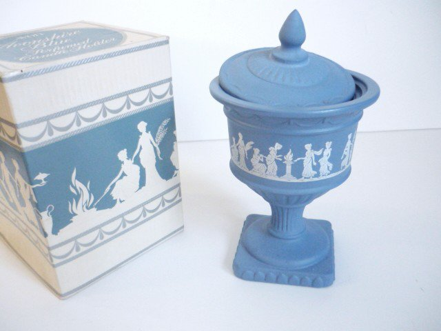 Avon Avonshire Blue Perfumed Candle Holder Vintage New Unused