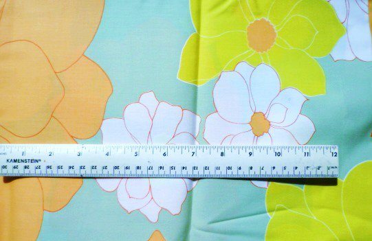 Large Floral Pattern Fabric - Material 110 x 45 inches