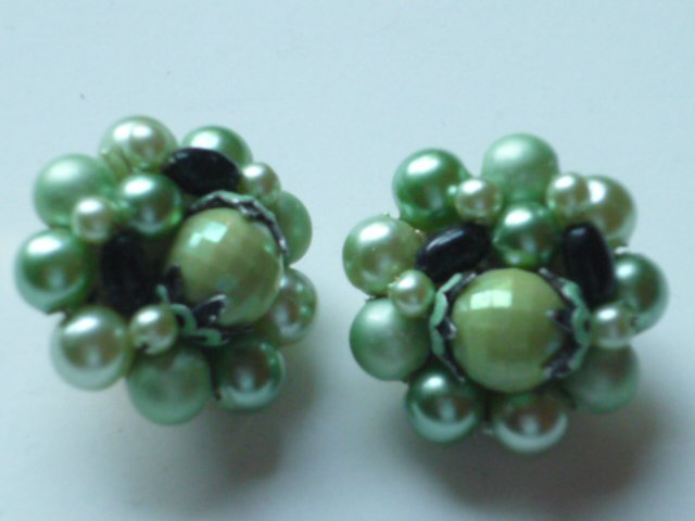 Green Beaded Bauble Clip On Earrings - Vintage Marked Hong Kong