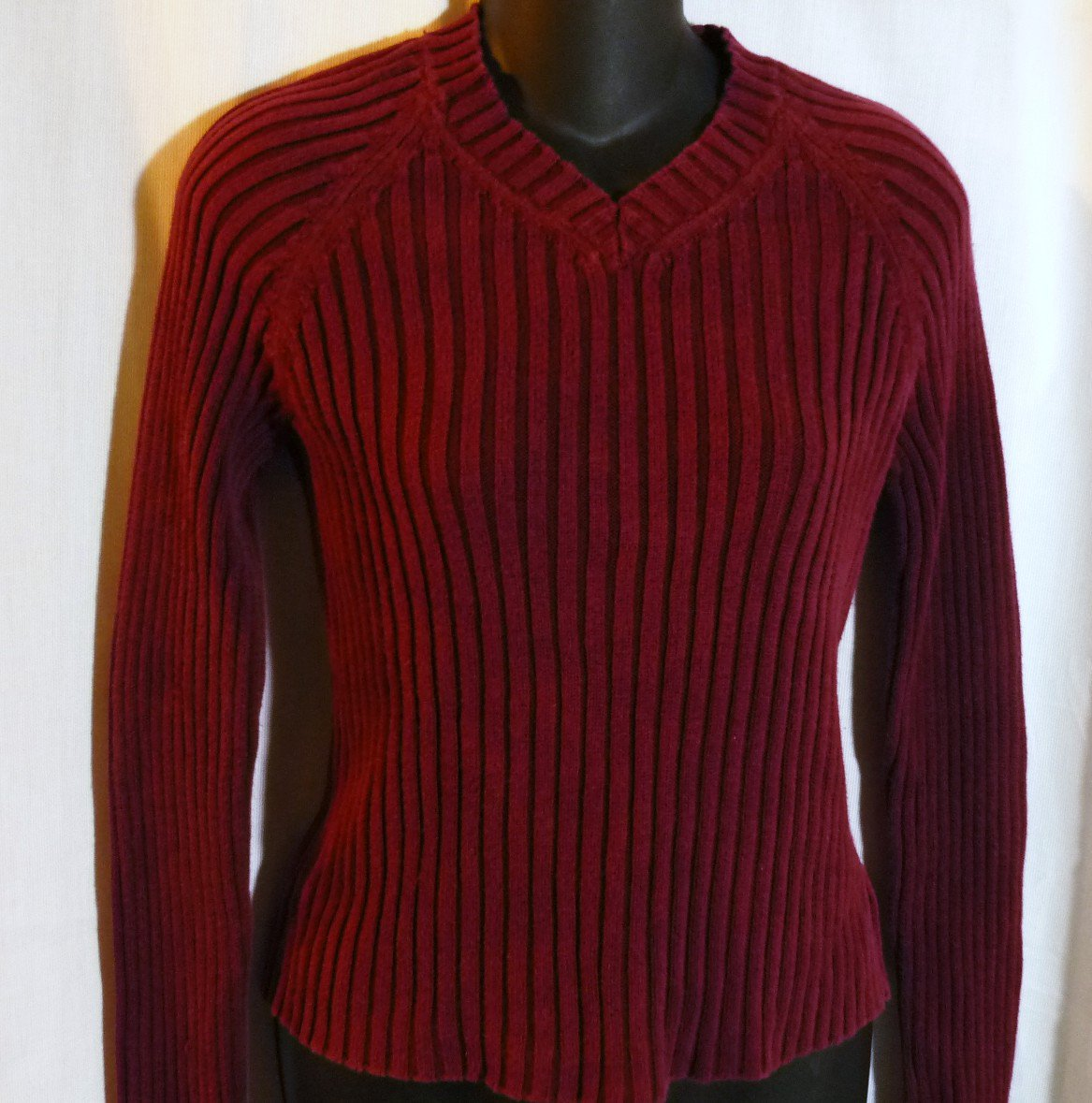 Old Navy V Neck Long Sleeve Ribbed Cranberry Top Ladies Teens Size Medium - Lk New