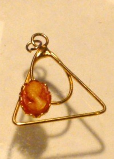 Dainty Vintage Cameo Pendant Set in Gold Tone Abstract Shape
