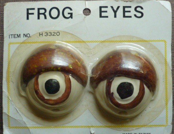 New in Package Pair of Vintage Ceramic Frog Eyes Beads for Macrame Crafting