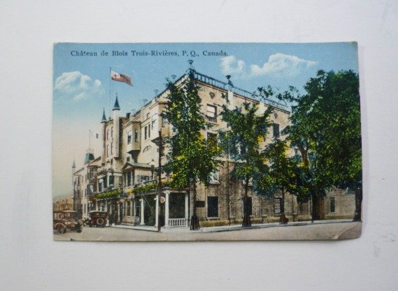 Chateau de Blois Trois-Rivieres QUEBEC Canada Postcard Post Card - Antique
