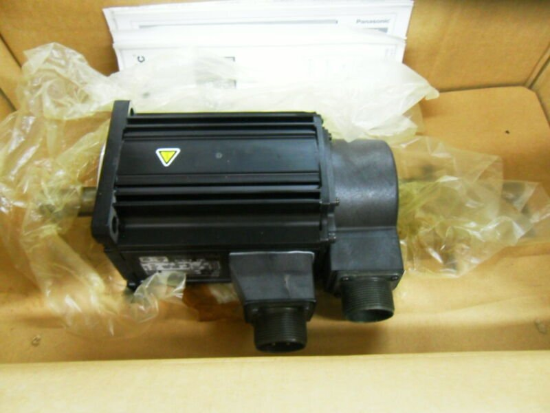 1PC PANASONIC AC SERVO MOTOR MSMA152P1G NEW ORIGINAL