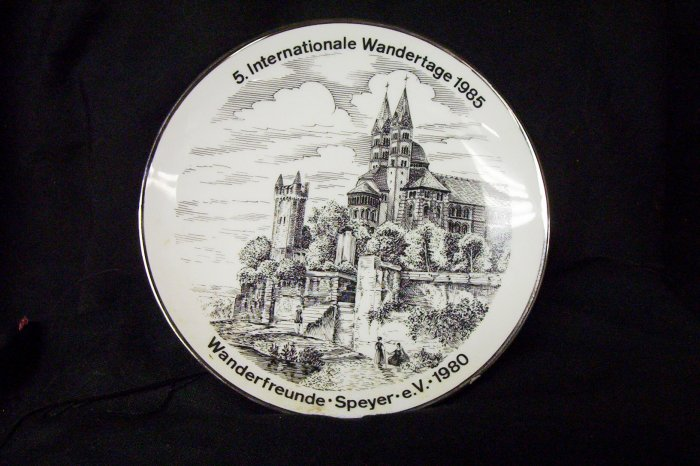 5.  Internationale Wandertage 1985 Com. Plate
