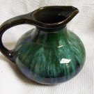 Blue Mountain Pottery ~ Authentic ~ (creamer, style)