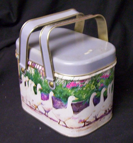 """Goose"" Miniature Vintage Lunch Box"