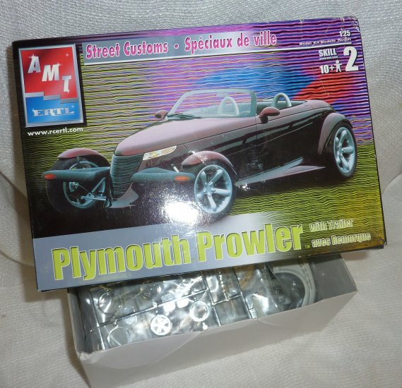 Plymouth Prowler with Trailer NIB AMT ERTL