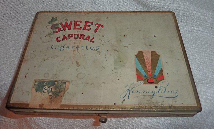 Sweet Caporal Kinney Bros cigarette vintage tin 1940s