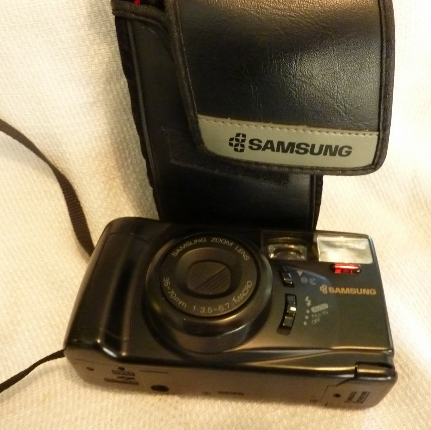 Samsung AF Zoom 770 35 MM Camera