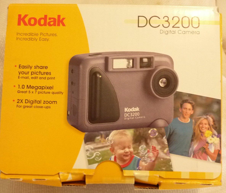 Kodak DC3200 Digital Camera Kit