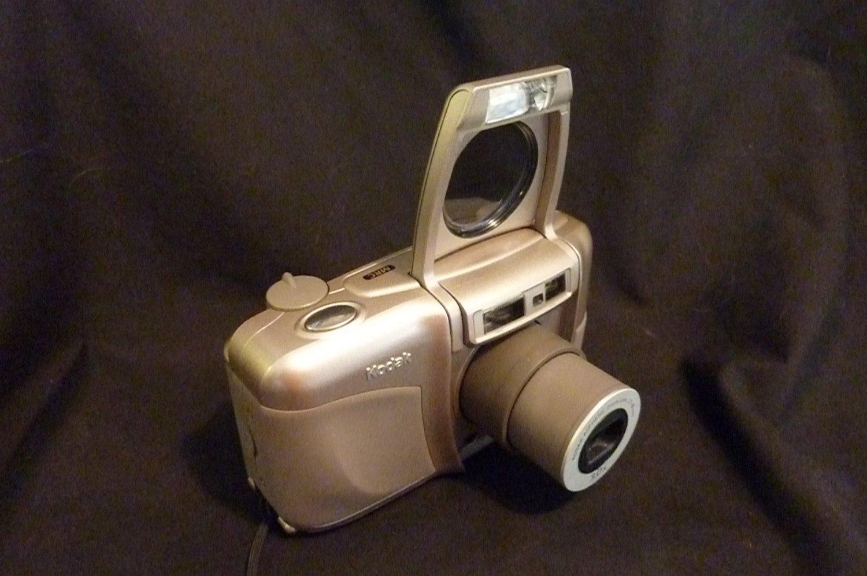 Kodak Advantix C800 Zoom APS Point and Shoot Film Camera