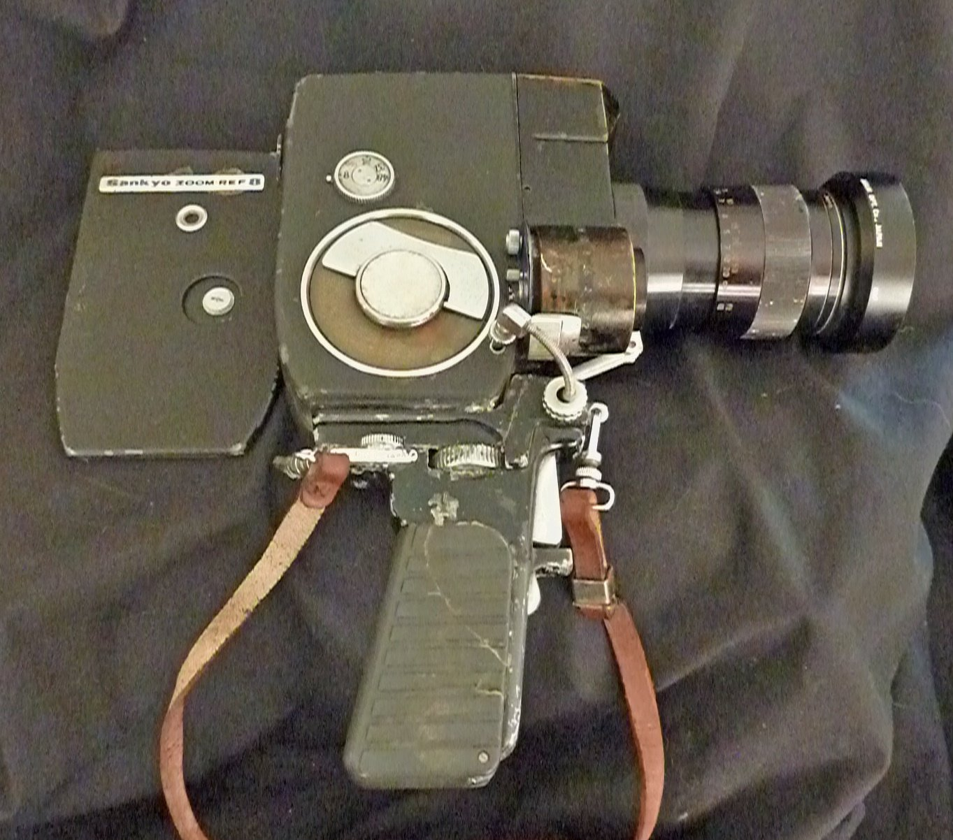 Vintage Sankyo Zoom-REF 8 Movie Camera