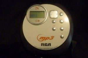 RCA MP3 CD Player RP-2480 ~ WMA ~ Dynamic Bass Boost