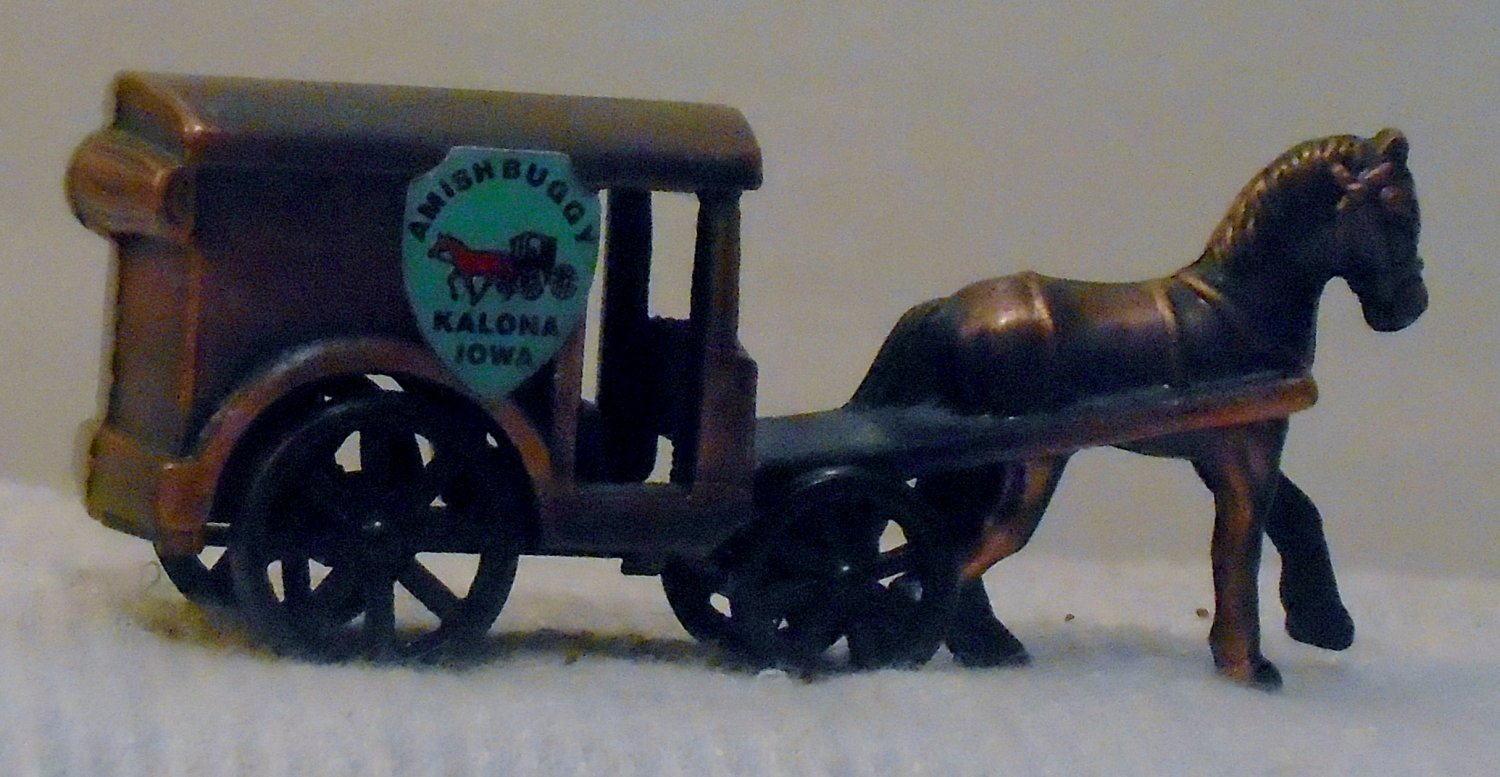 Miniature metal Amish Horse & Buggy (crest: Kalona Iowa)