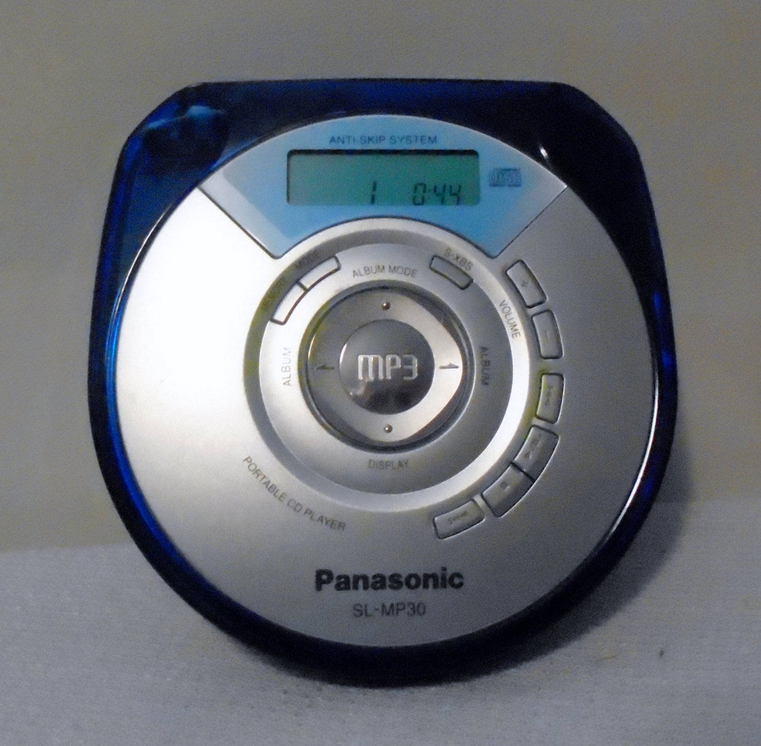 "Panasonic SL-MP 30 ""Walkman - type"" CD  PLAYER Anti Skip System"