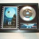 ET signed disc