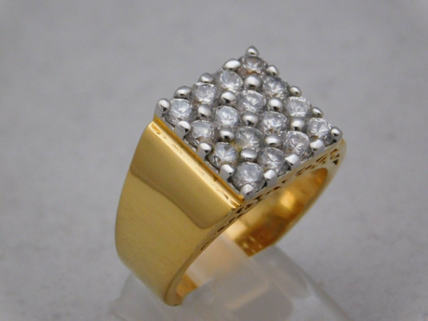 """Mens Gold Plated 16 CZ Stones """"Bling"""" Ring Size 11"""