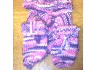 newborn scarf,hat and mitten set 0-6months