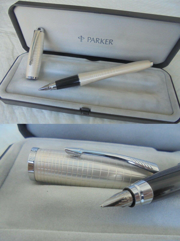 PARKER URBAN PREMIUM Pearl fountain pen in steel in it's gift box Original