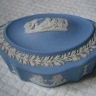 WEDGWOOD BOX in fine ceramic blue color  Original oval measures approx cm 11x8x5