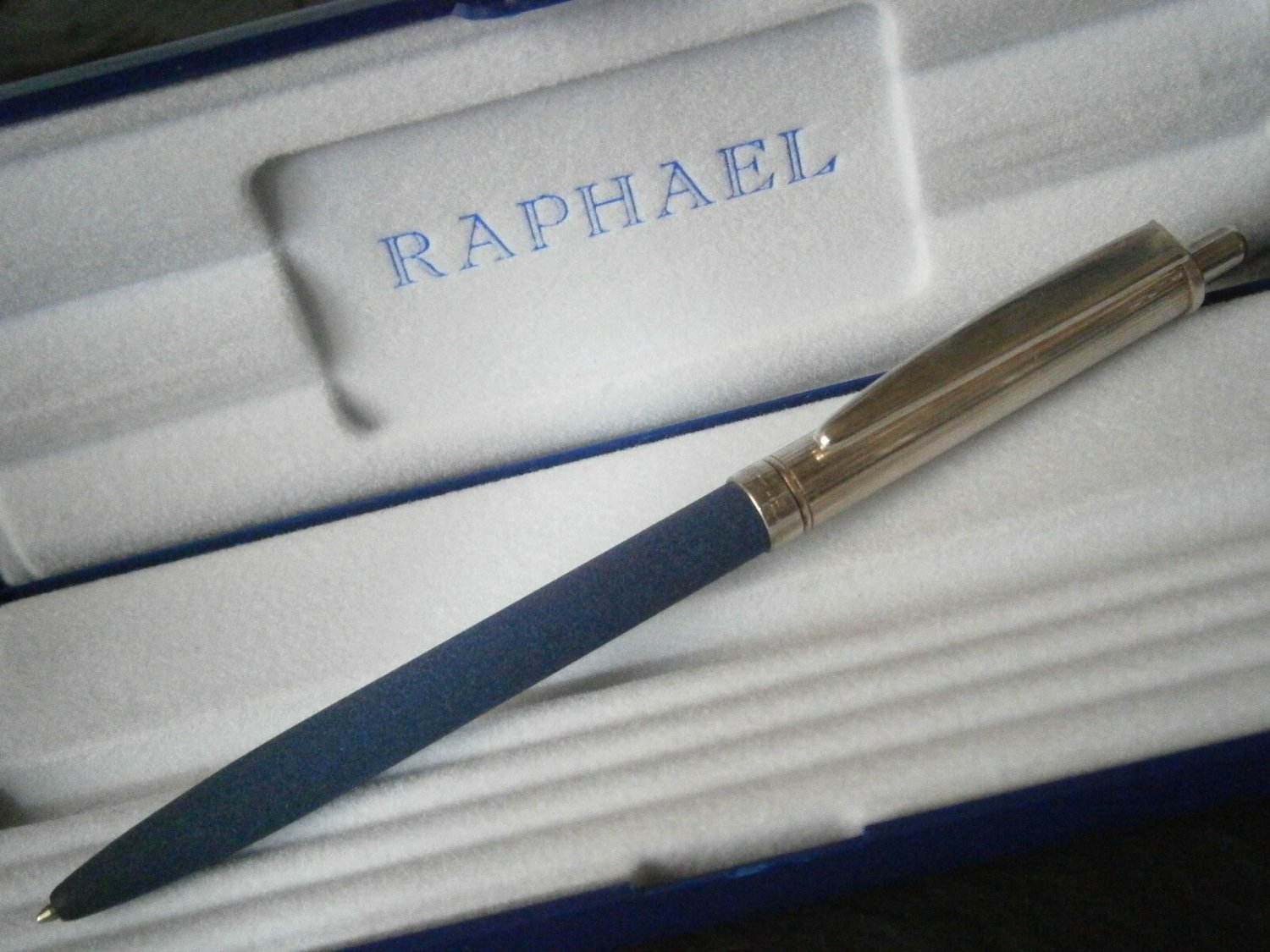 RAPHAEL ball pen in STERLING SILVER 925 and blue color Original in gift box