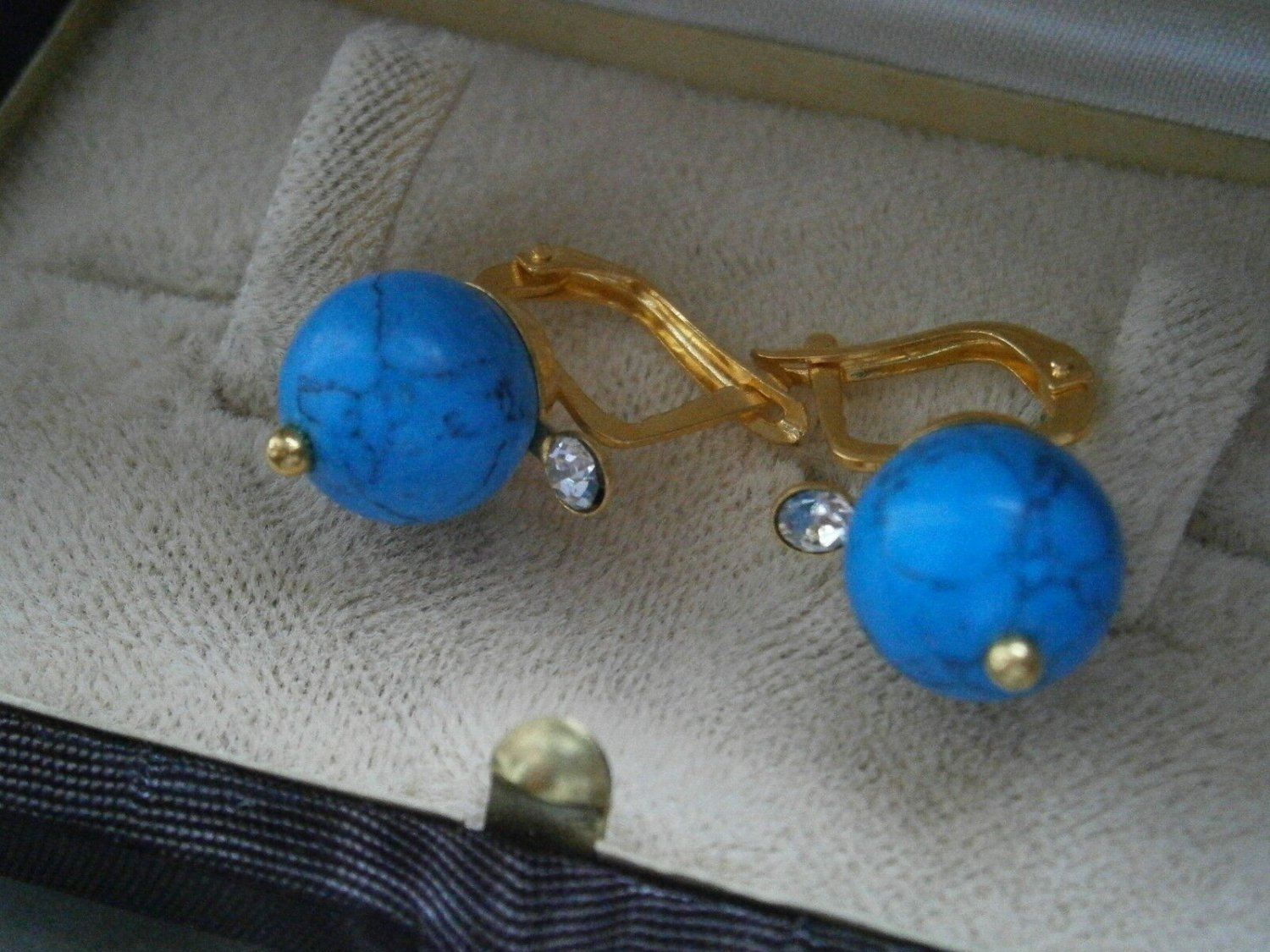 GOLD PLATED EARRINGS with turquoise stone and white Swarovski crystals Original in gift box