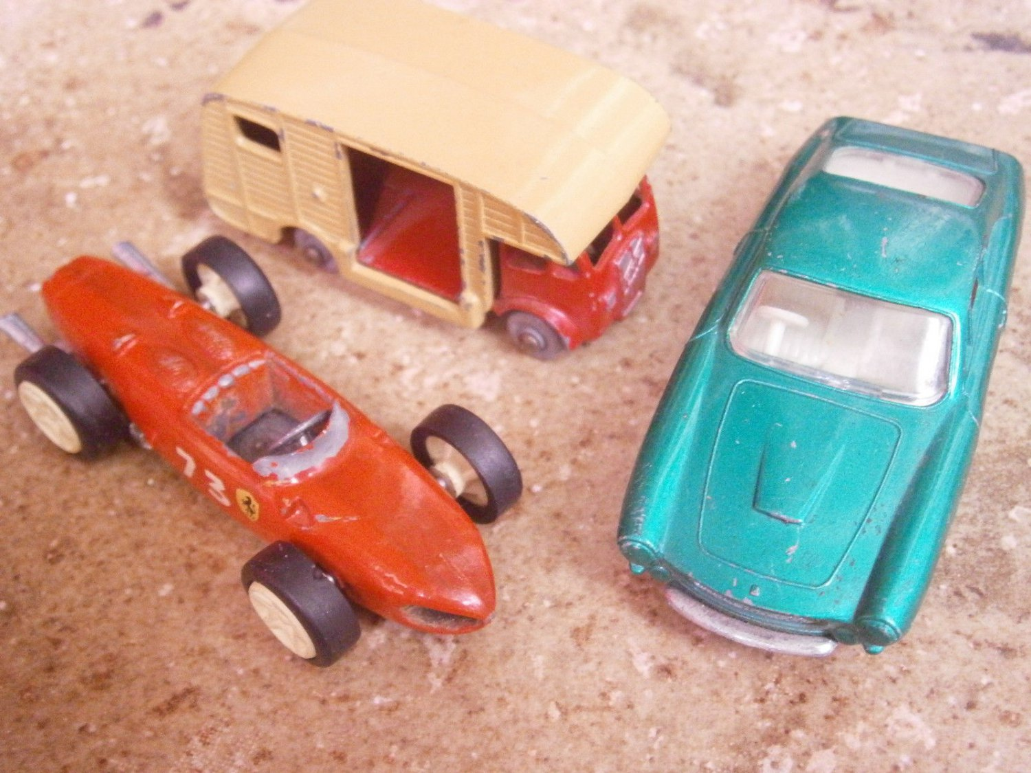 3 CARS models by Marshall Lesney England HORSE Box 35, FERRARI 73 and 75 Originals 1960s
