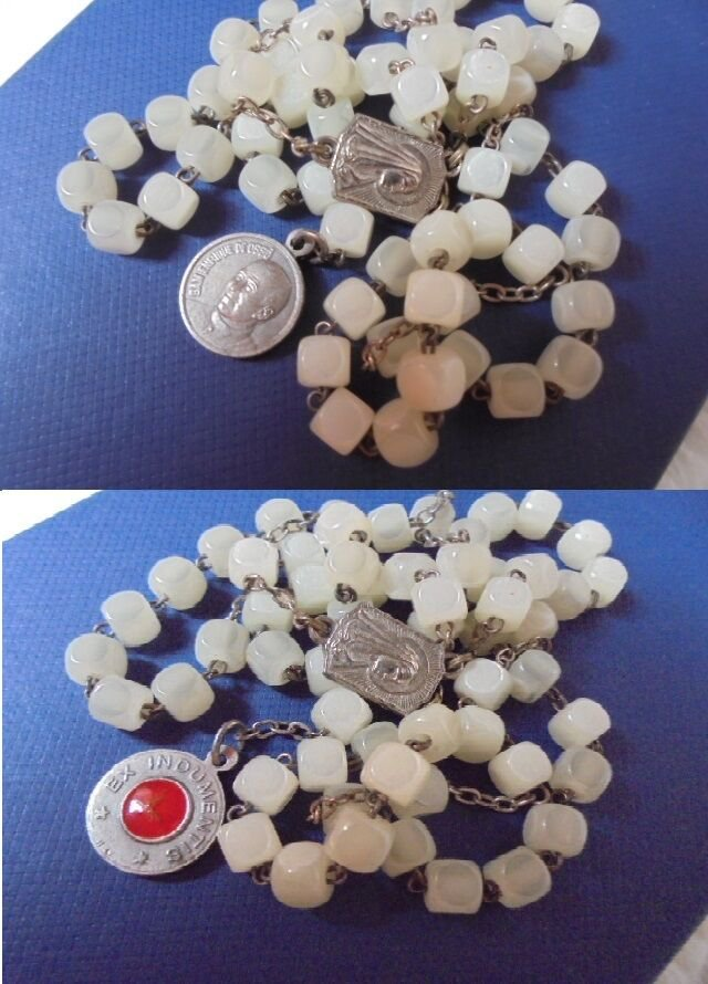 ROSARY necklace beads in glass and RELIQUARY medal RELIC Saint Enrique de Osso Spain 1993