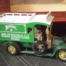 MATCHBOX Models YESTERYEAR Renault 1910 Type AG Y-25 Edition 1984 Perrier truck Original