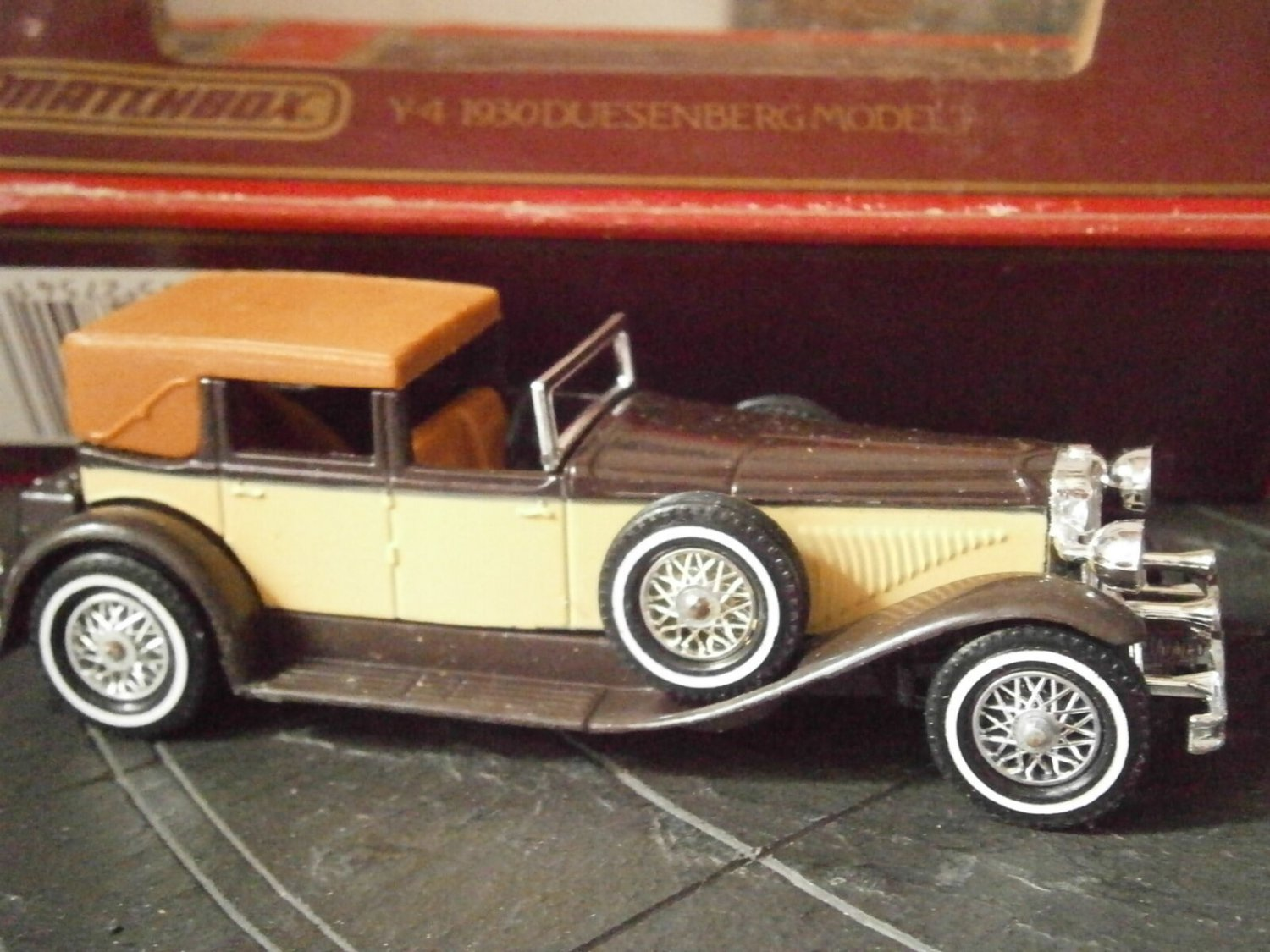 "MATCHBOX Y-4 1930 DUESENBERG Model ""J"" Edition 1984 scale 1:43 Original in box"