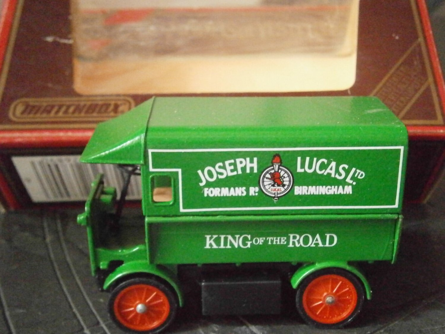 Matchbox Models YESTERYEAR CAMIONETTE truck WALKER Y-29 1919 Limited Edition 1986