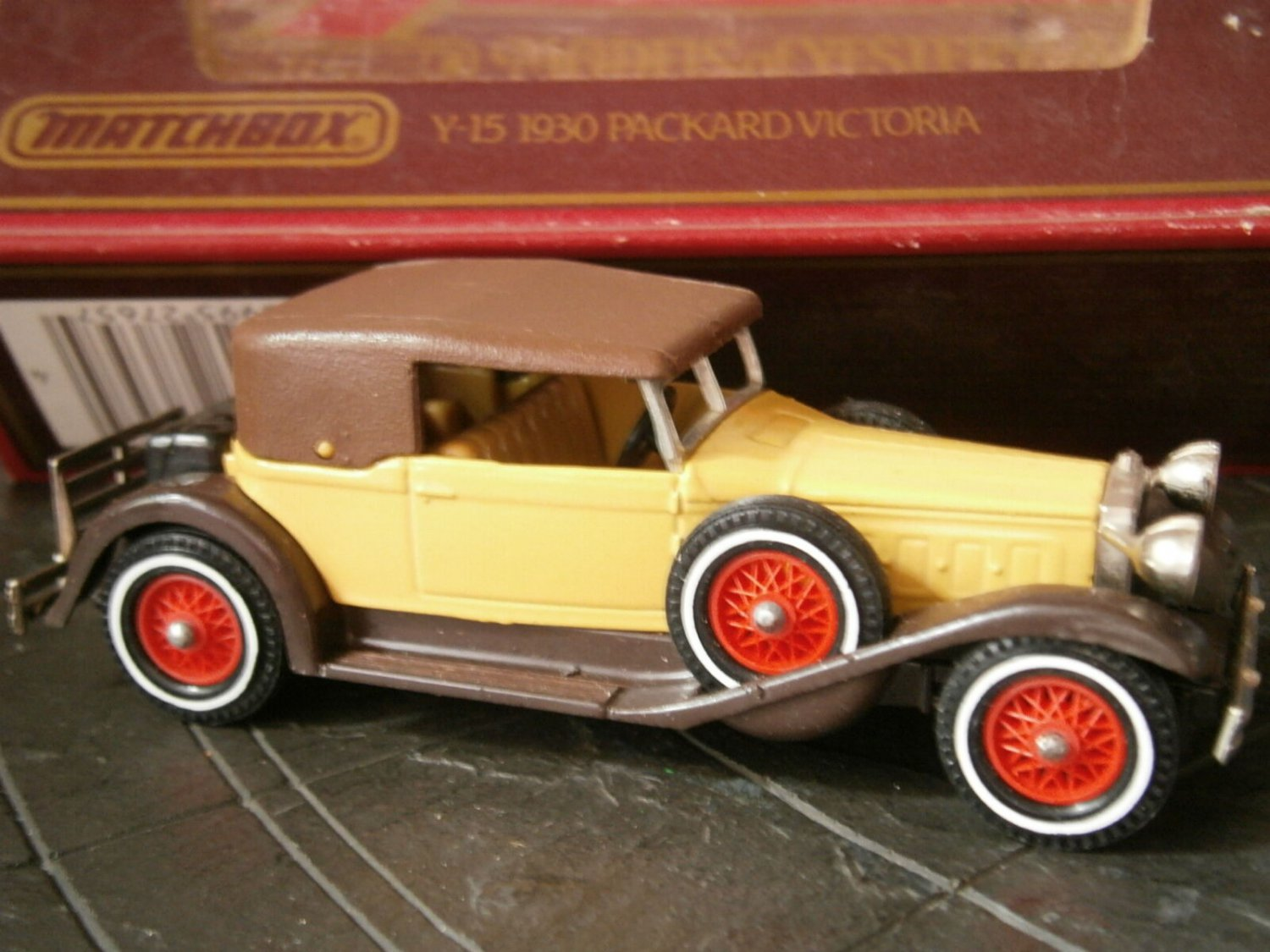 MATCHBOX AUTO Y-15 1930 Packard VICTORIA car Original Edition 1984 scale 1:46 match box