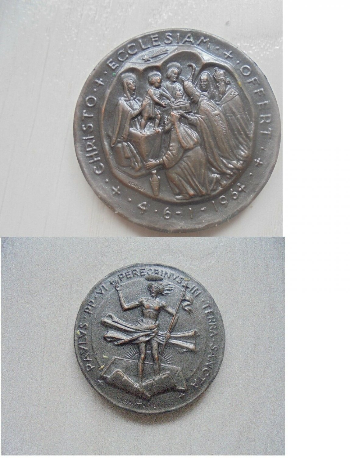 Italian medal of POPE PAUL VI for his trip to Holy Land Original 1964 Engraver G. Pirrone