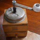 COFFEE GRINDER in wood and metal Original from 1957 Working