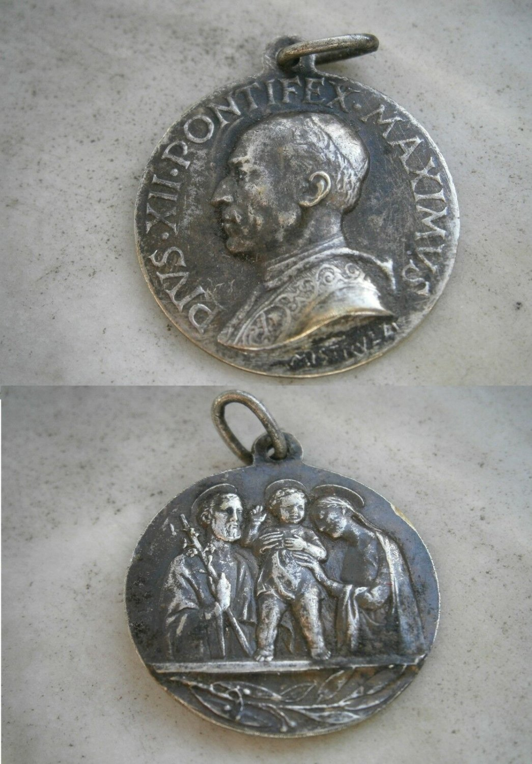 MEDAL in SILVER 800 of Pope Pacelli Pio XII Original 1950 Engraved by Aurelio Mistruzzi