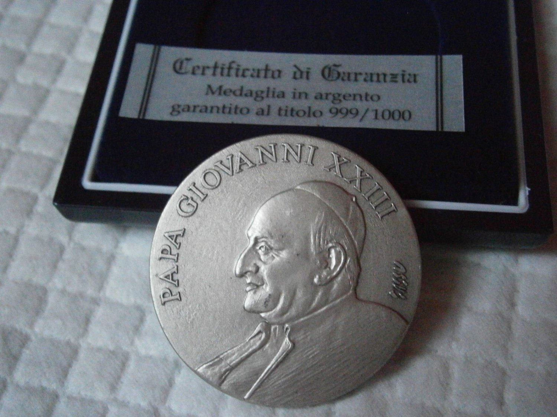 POPE Roncalli JOHN XXIII silver medal 999 engraved by Aligi Sassu Original from 2000